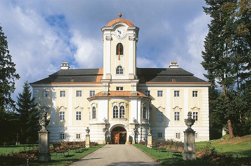 Schloss Rosenau